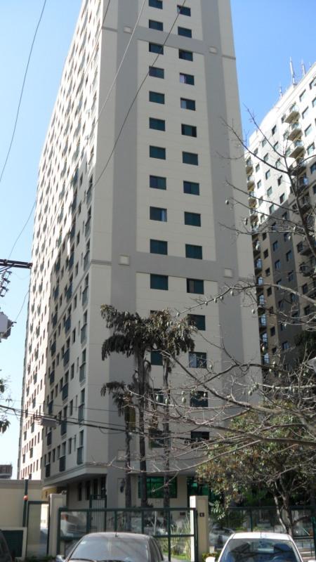 Edifício Vitória 1 Localizado na Alameda Grajaú em Alphaville Barueri São Paulo. Foto de Júnior Holanda.