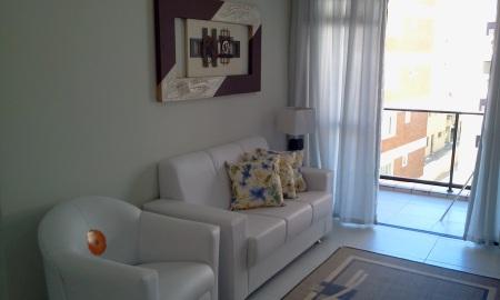 Apartamento à Venda na Praia do Guarujá Região dos Restaurantes Completo Mobiliado e com 03 Dormitórios. Novo nunca usado.