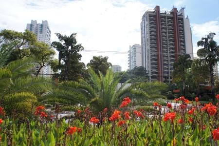 Edifício Le Bougainville em Alphaville - Barueri - São Paulo . Foto de Júnior Holanda Janeiro/2014