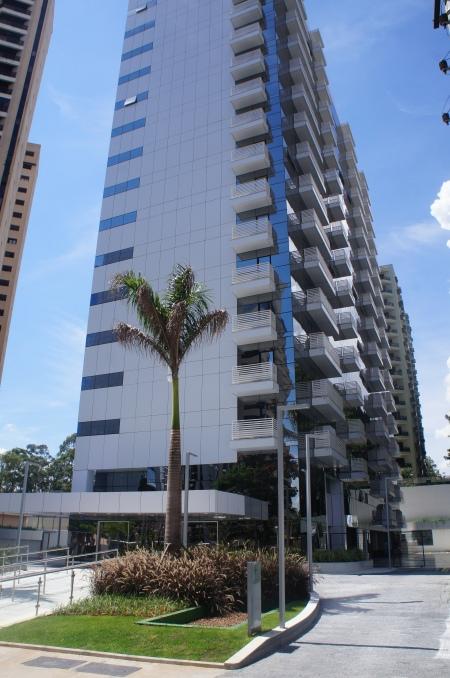 Salas Comerciais para Locação no Office Grajaú localizado na Alameda Grajaú em Alphaville - Barueri - SP. Foto de Júnior Holanda em 29.03.2014