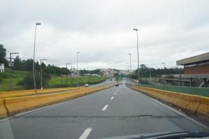 Avenida Grupo Bandeirantes Jardim Belval em Barueri - São Paulo. Localidade próximo ao Terreno com 19.000m² para locação.